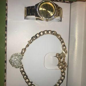 Watch & Necklace set.